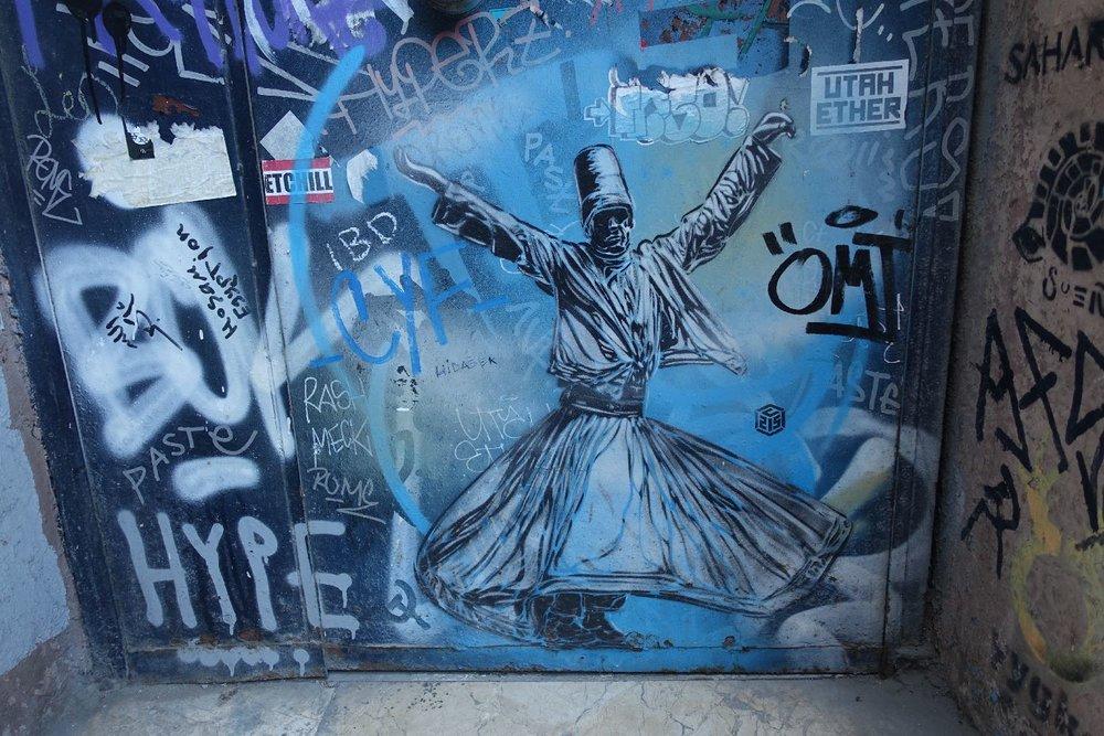 Istanbul | Derviches tourneurs | street art dervishes | whirling dervishes | ©sandrine cohen