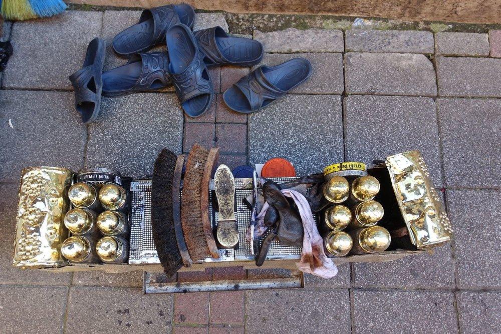 Istanbul | Traditional shoe shine box | Istanbul shoe shine box | ©sandrine cohen