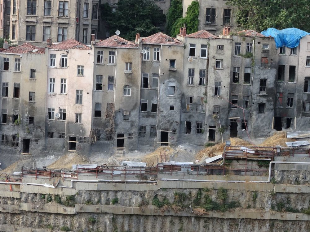 Istanbul | Taksim | Construction site, buildings under renovation Beyoglu district | ©sandrine cohen