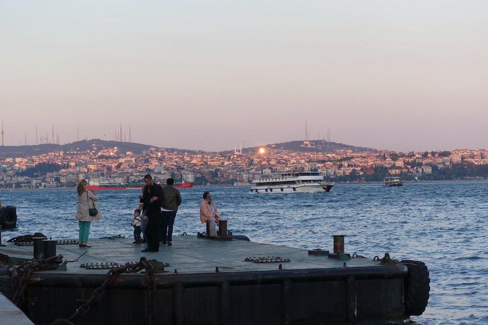 Istanbul | Asian coast of Turkey | sunrise | fisherman on the Bosphurus | ©sandrine cohen