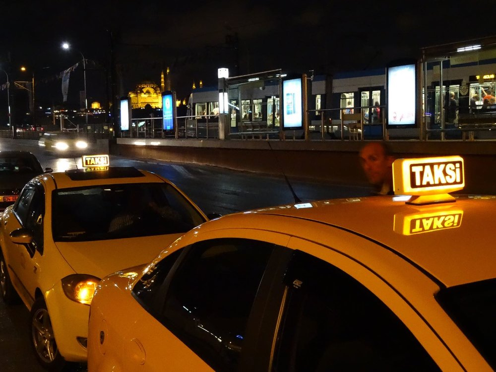 Istanbul by night | Yellow taxis on Galata bridge | Istanbul Taxis | Taksi | ©sandrine cohen