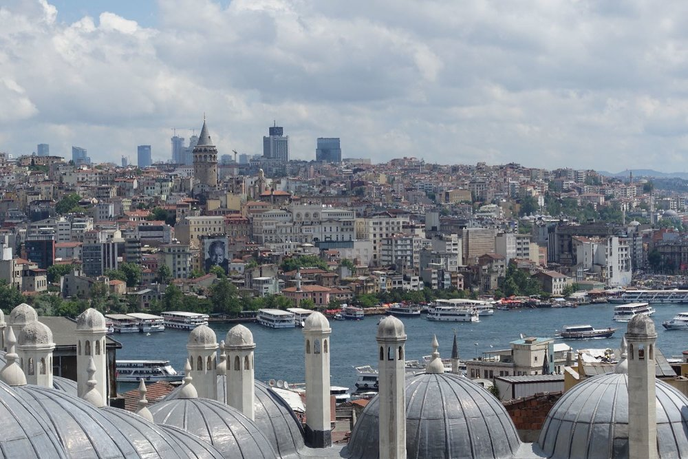 Istanbul | View from the Suleymaniye mosque | Bosphurus | Galata bridge | Street art | JR artist | Beyoglu and Sisli districts |©sandrine cohen