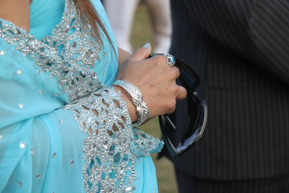 Royal family   Blue sari   Jewelry   Jaipur Polo Club   Rambagh Polo club   Jaipur   India   ©sandrine cohen