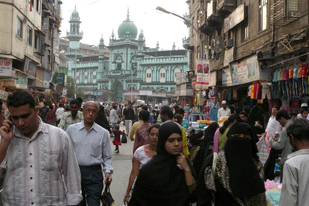 Mumbai - Bombay | Kalbadevi | Green mosque | streetphotography sandrine cohen
