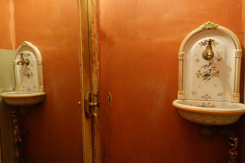 Toilettes restaurant Montmartre | Paris 18e | photo sandrine cohen