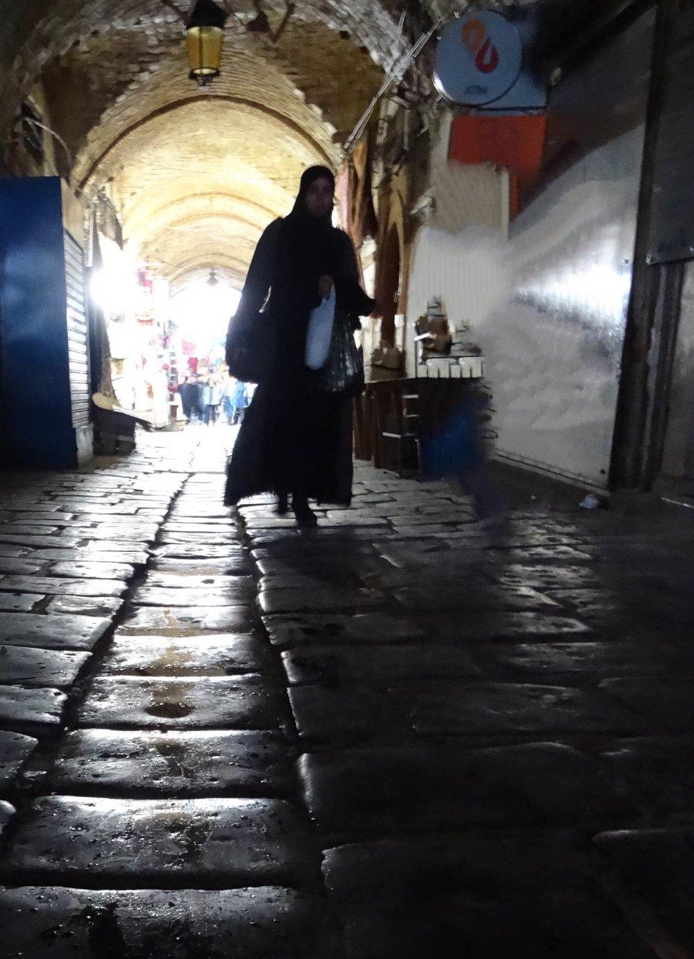 Tunis | Tunisia | Médina de Tunis | Ombre de femme | ©sandrine cohen