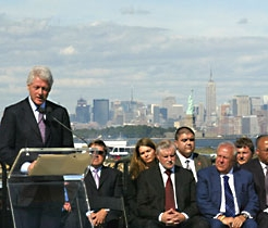 President Bill Clinton: Monument Unveiling