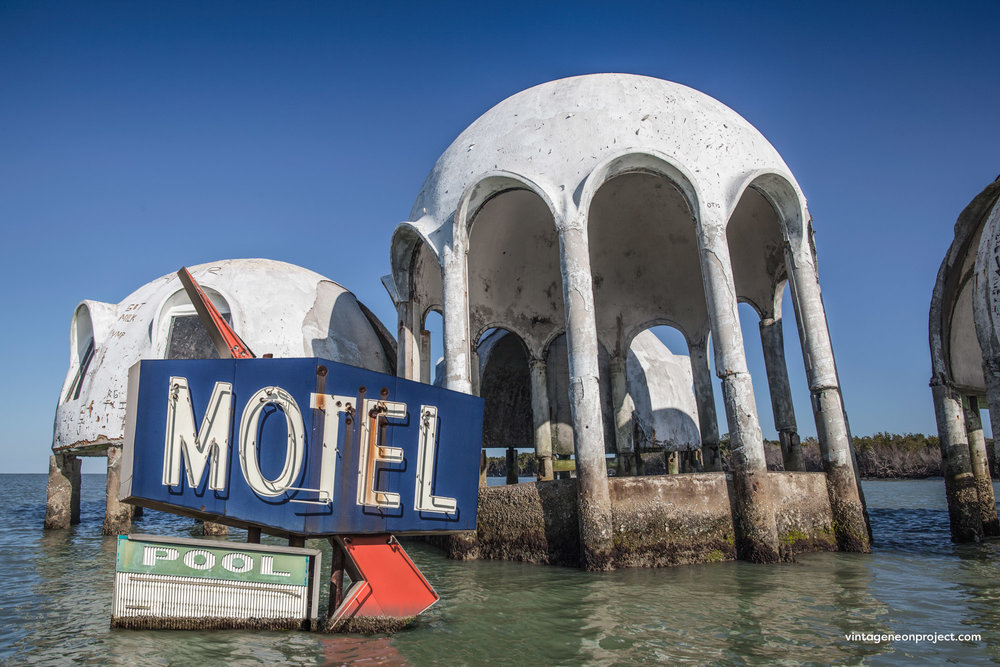 vintage_neon_project_dome-home_motel-sign.jpg