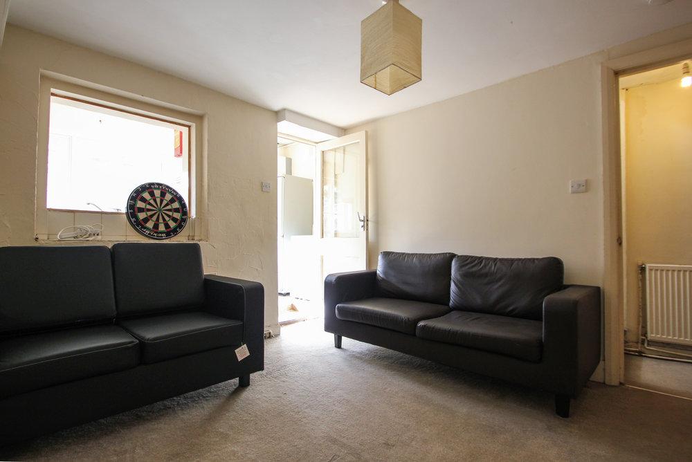 IMG_8335_edited.jp living room 2.jpg