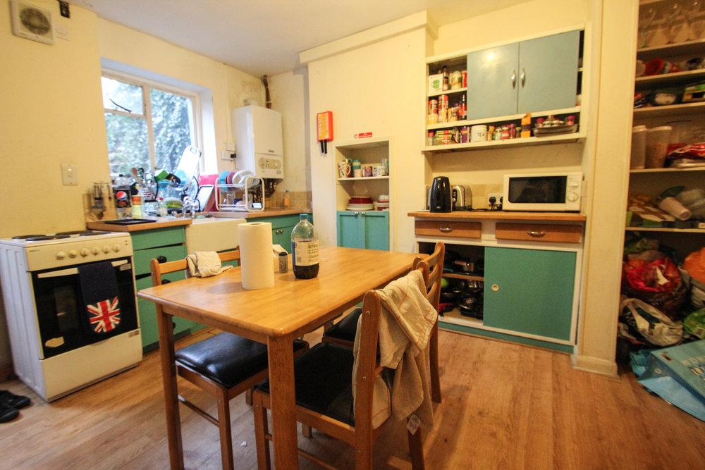 IMG_9536_edited.jpg kitchen .jpg