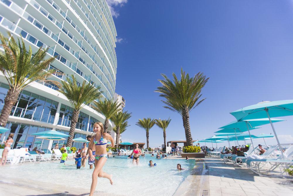 Opal-Sands-Beach-Resort-11.jpg