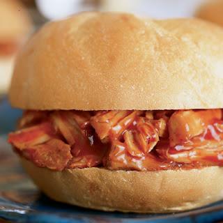 pork-or-beef-on-a-bun-recipe-photo-420-FF1002CROCKA08.jpg