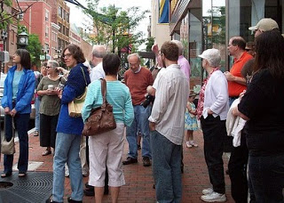 tour group on street.jpg