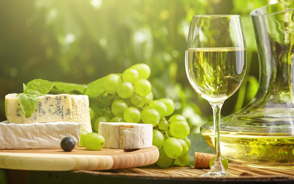 Wine_Grapes_Cheese_435625_3840x2400.jpg