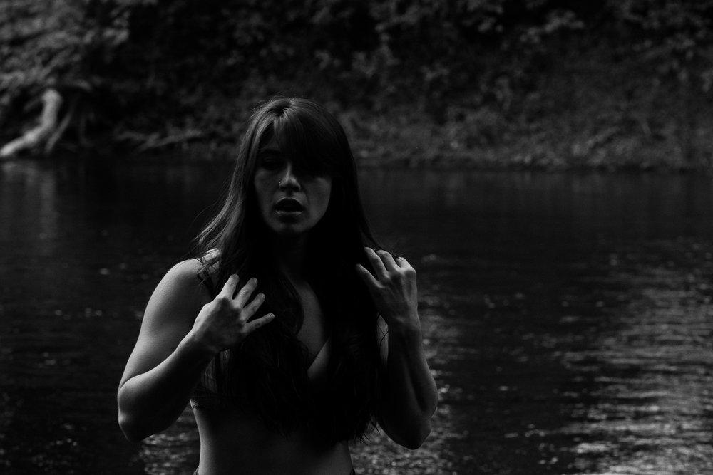 dkol_la_femme_project_abuse_bulimia-8248.jpg