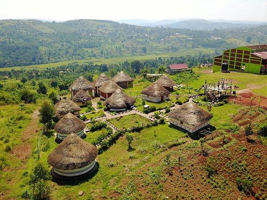 the-sina-village-in-uganda222.jpg