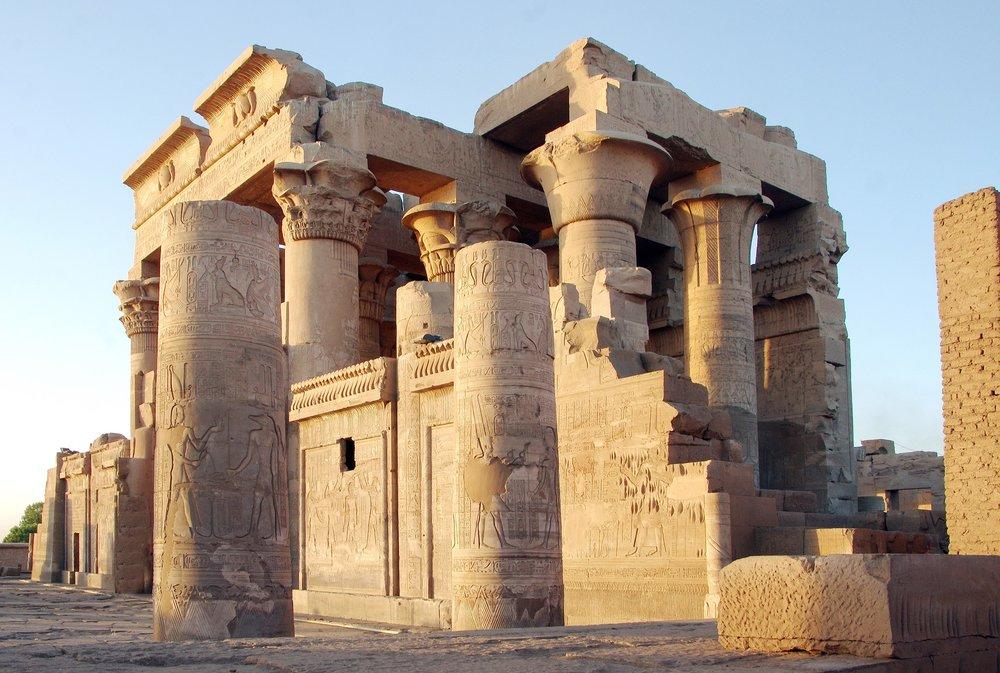 egypt-3321124_1920.jpg