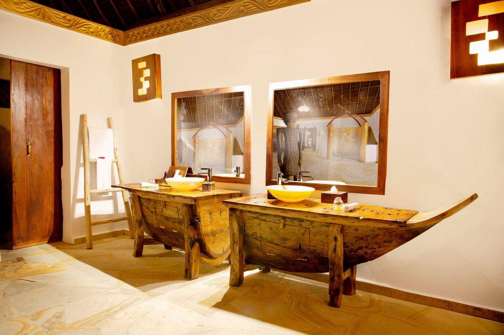 Sultan_Villa_bathroom.jpeg
