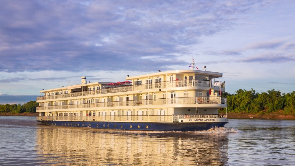 MEKONG LUXURY CRUISE WITH PRE AND POST STAY -