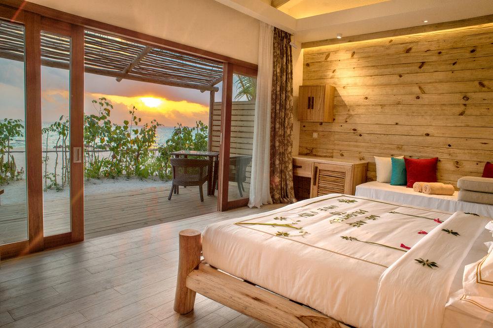 Beach Suite with Pool(1).jpg