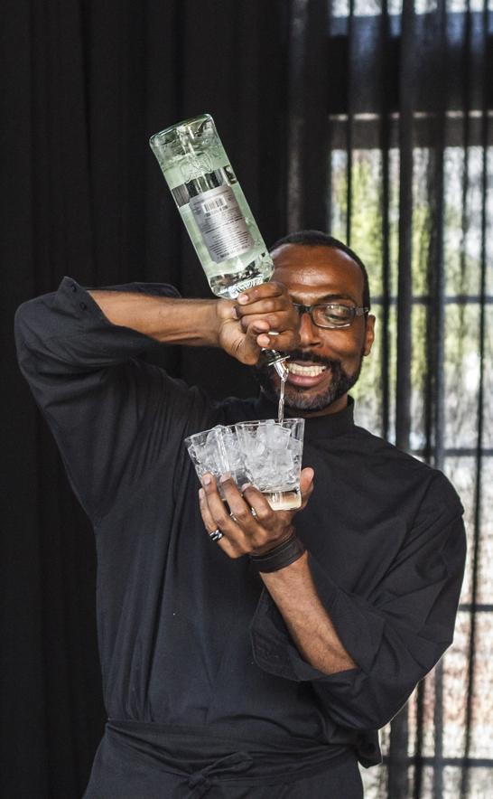 Bartender-Pouring_Conrad.jpg