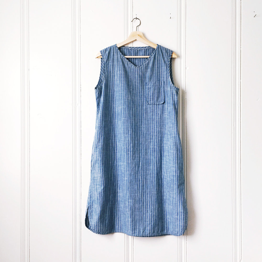 sleeveless_dress_blue_stripe.jpg