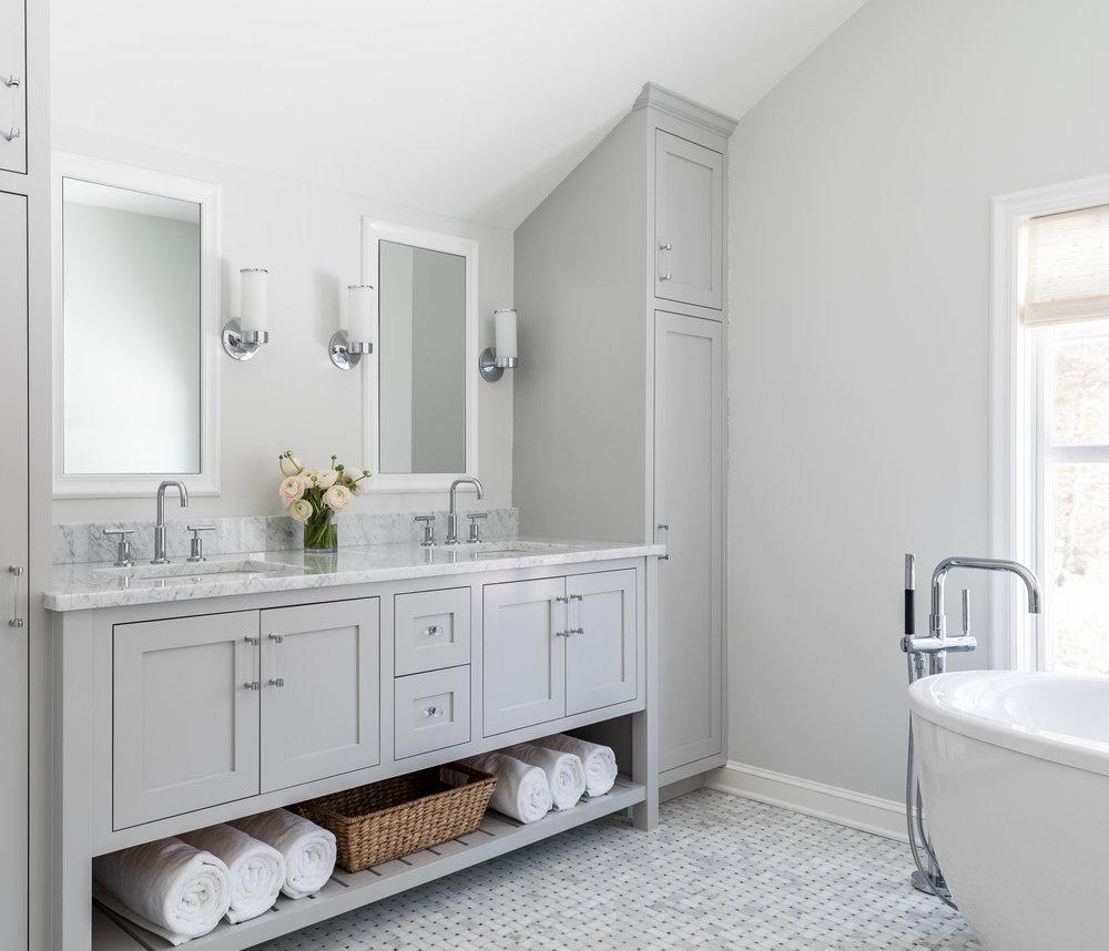 Lovely master bathroom with a coastal design.