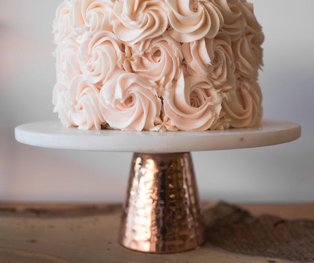 aromas_wedding_cake.jpg