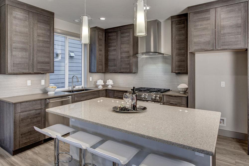Kitchen01internet.jpg