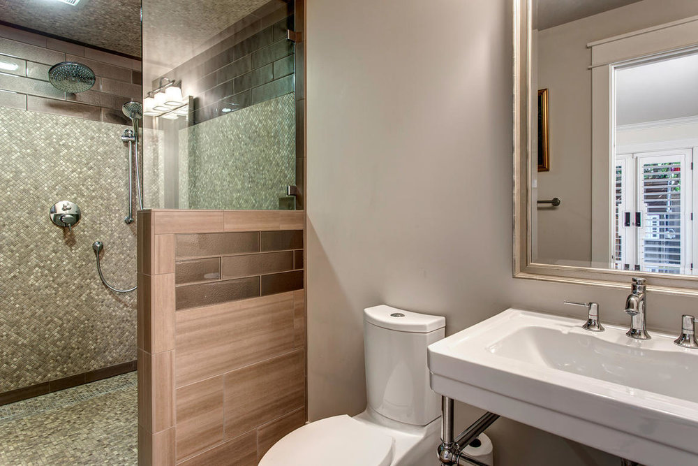Bath01internet.jpg