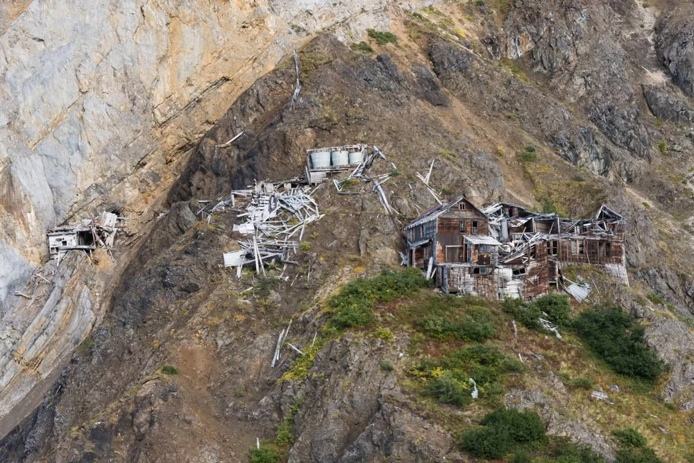 Mile High Cliff Tour: Kennicott Valley, Erie Mine
