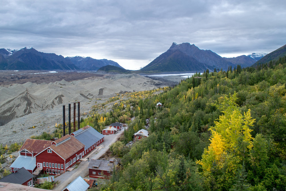Historic Day-Trip: Kennecott Mill Building and Kennicott Glacier