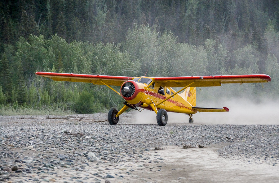 Beaver DeHavilland Takeoff Backcountry Backpacking