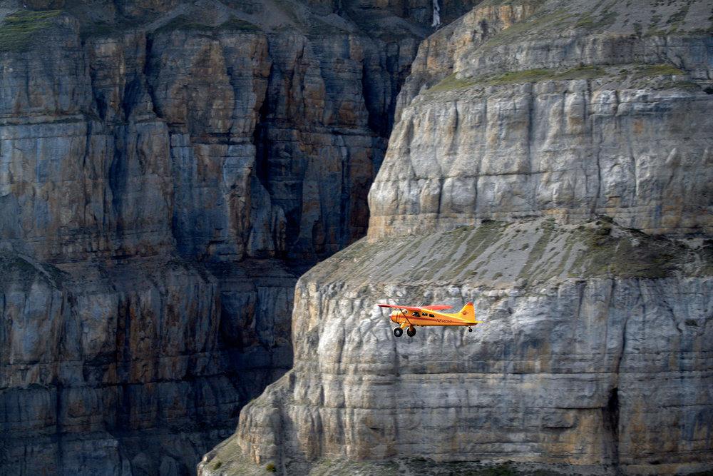 Mile High Cliffs Backcountry Dropoff Backpacking DeHavilland Beaver