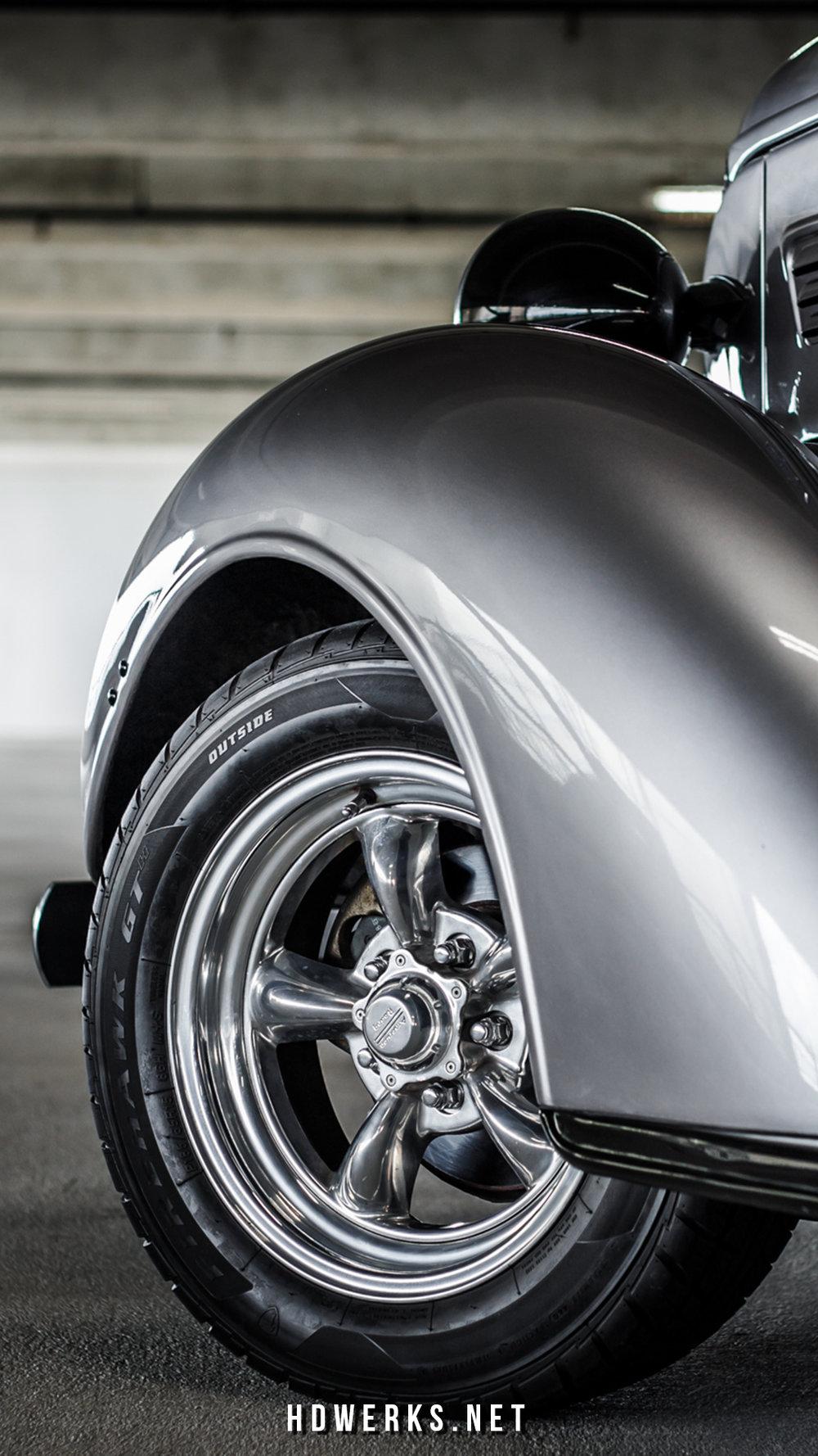 truckwheel.jpg