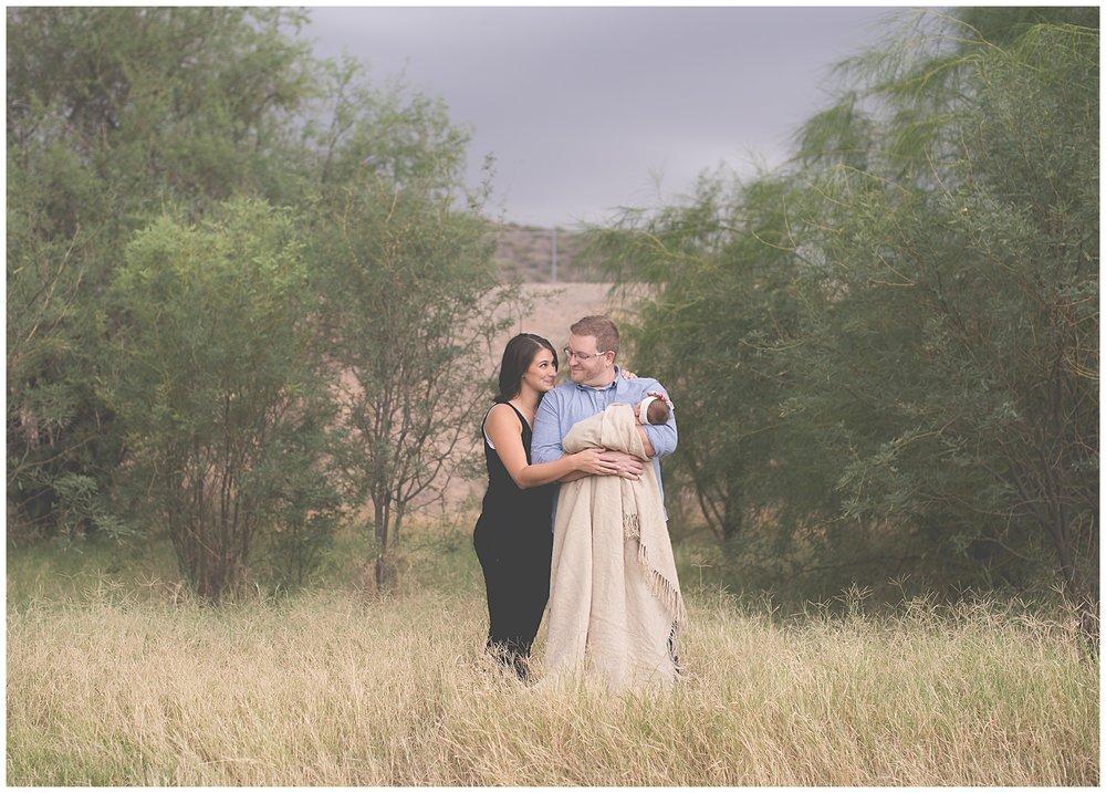 Phoenix-Outdoor-Lifestyle-Newborn-session-Sweetlife-Photography_0015.jpg