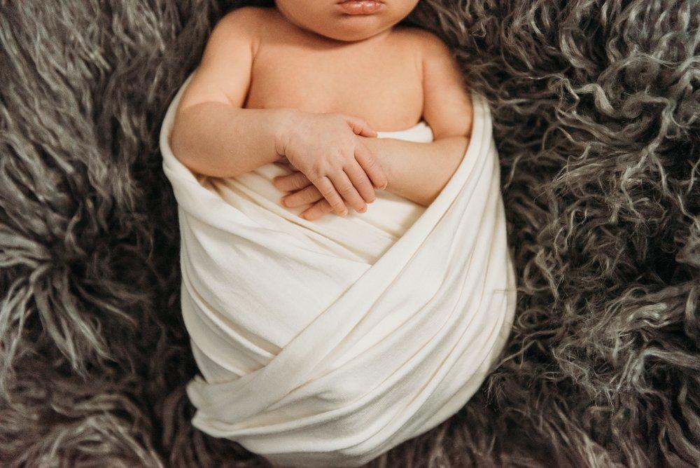 In-home newborn | SweetLife Photography_0062.jpg