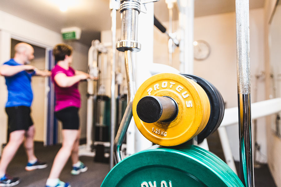 Free-Weights-and-plates-at-Lower-Hutt-Gym,-o2-exercise.jpg