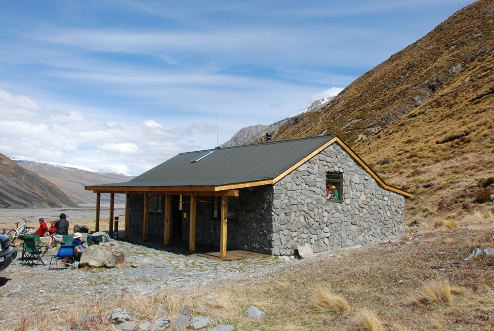 macaulay hut.jpeg