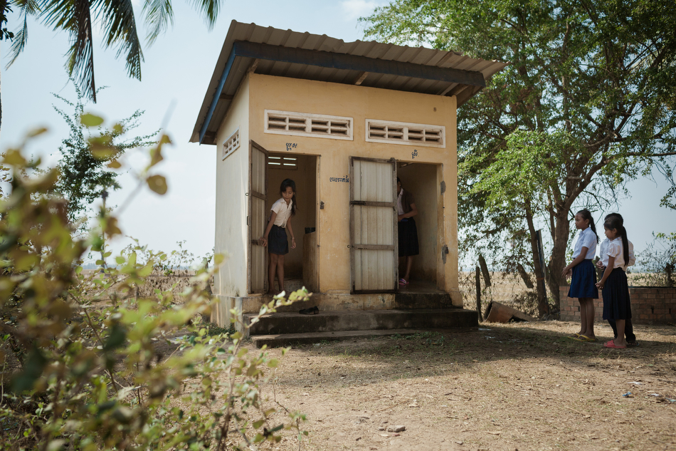 February 03, 2014 - Trapeang Sala (Kampot). Girls use one of the toilette built for the local primary school. © Thomas Cristofoletti / Ruom for SNV