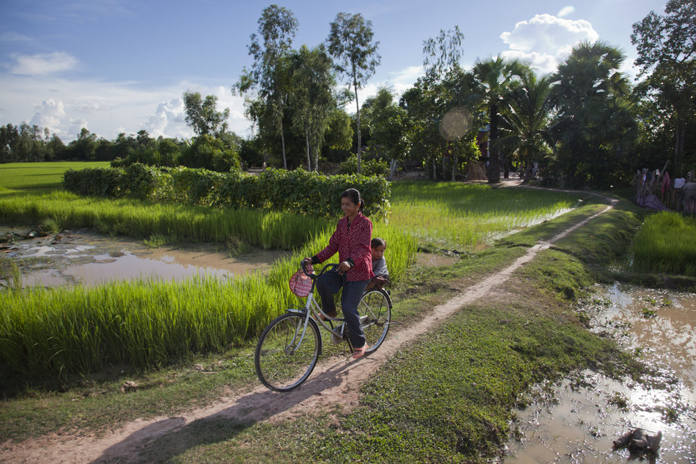 Cycling home. Monitoring the behaviour change on water treatment activities. Trapewng Krous Village, Svay Rieng.