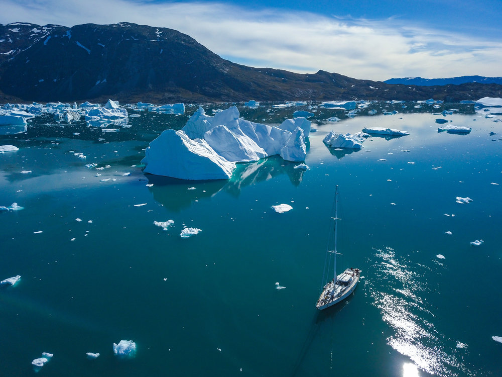 Ilulissat Icefjord, Disko Island & the Uummannaq Fjords in Summer - COLOSSAL ICEBERGS UNDER THE MIDNIGHT SUN
