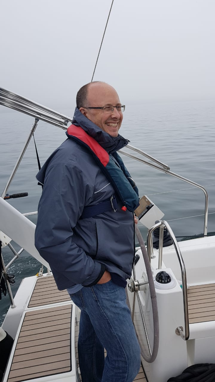 Picture of me with a confident look. - Not a captain.  No visibility. Heck, not even my boat. Join the journey!