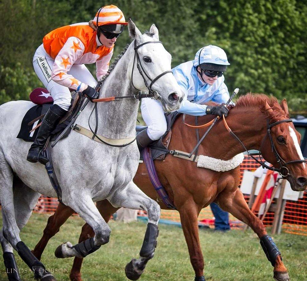 horse race photography west sussex