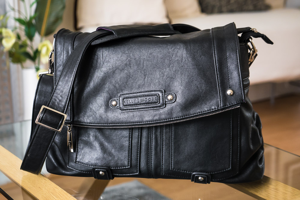 Kelly Moore bag …. - When I want to look extra-smart (or if I want to travel incognito) a bag like this is ideal. It's a fully fledged camera bag where you can remove the inner padding to convert it into a normal handbag for everyday use