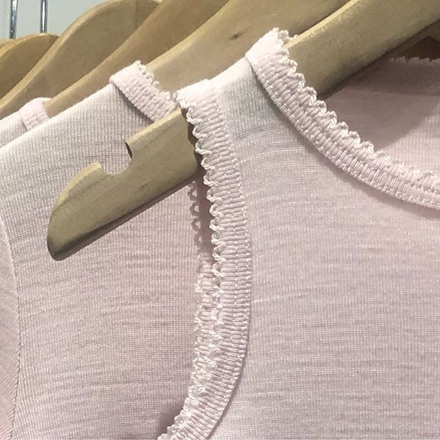 A favourite from our collection, the tank top, perfect, just perfect 👌 🌟✨❄️ #merinowool #organic #smallbusiness #norwegiandesign #norway #scandinaviandesign #wool