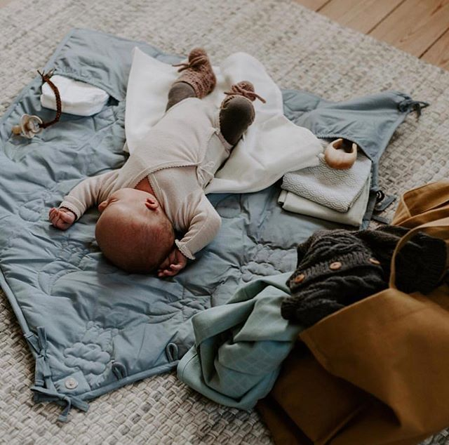 Another beautiful by @by.sofiehammer ...... 🌟🌟🌟🙌🌟🌟🌟 - - - - #lillileopold #lilliandleopold #organicwool #merinowool #mulesingfree #fairtrade #fairtradefashion #norwegian #scandinaviandesign #scandinavianliving #purewool #purebaby #luxury