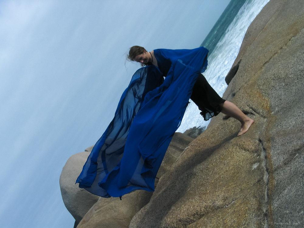 [4]_2004-Windshirt-2004-Katherine-E-Bash.jpg