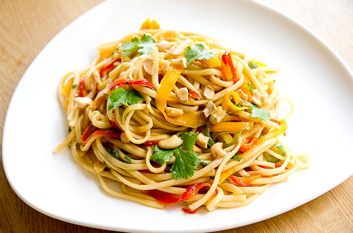 recette-pad-thai-colore-vegetarien-hello-godiche-2.jpg