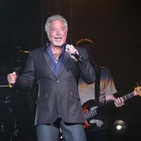 welsh_entertainer_tom_jones_gives_a_consummate_per_1532757307